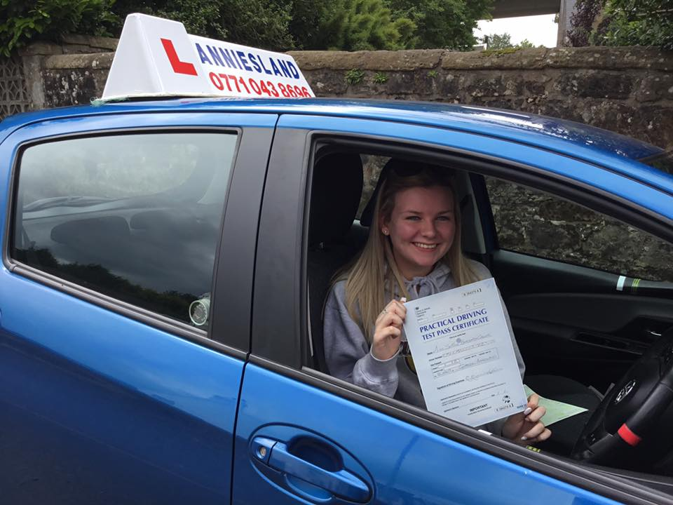 Sophie Greer successfully passed their driving test with Anniesland Driving School