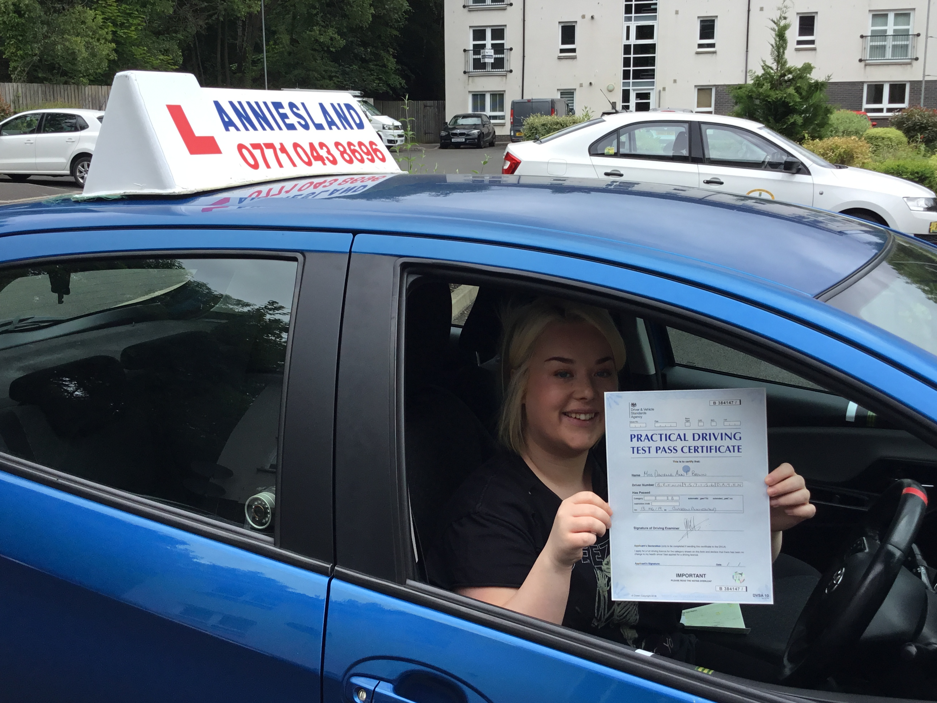 Danielle brown successfully passed their driving test with Anniesland Driving School