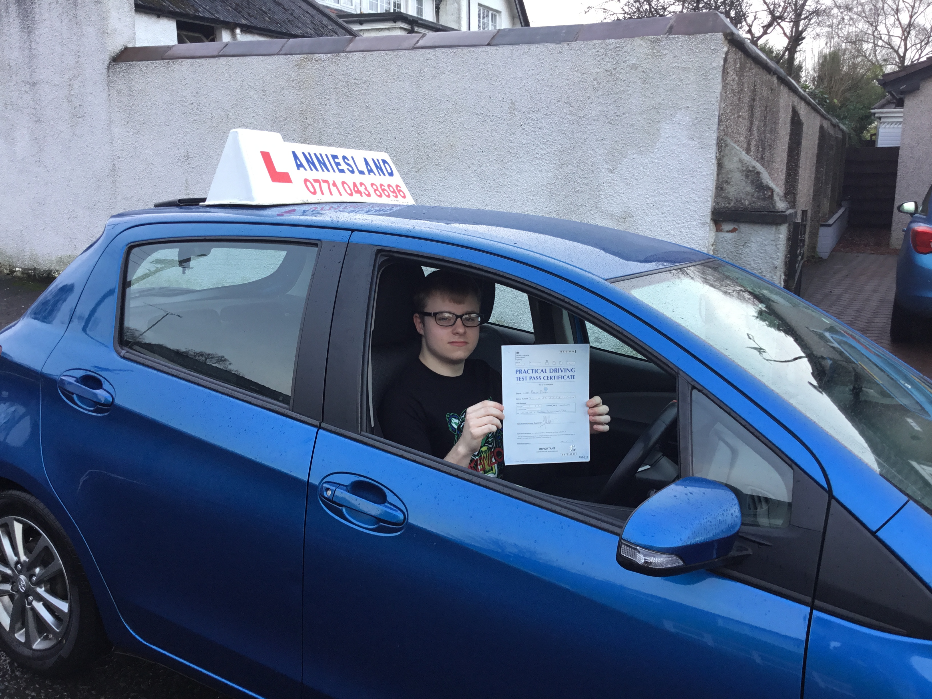 Liam Kowal successfully passed their driving test with Anniesland Driving School