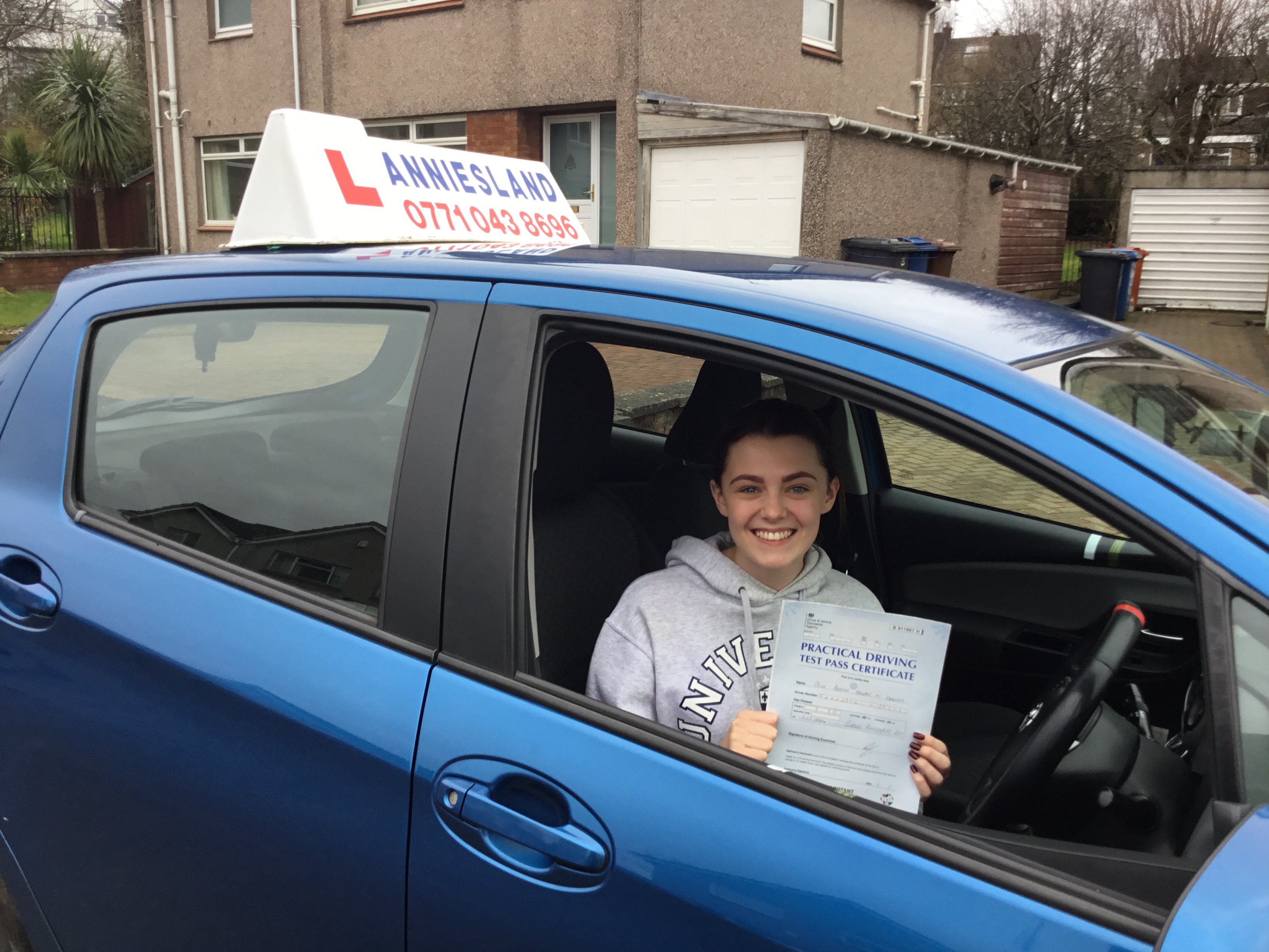 Ashlyn Deeney successfully passed their driving test with Anniesland Driving School